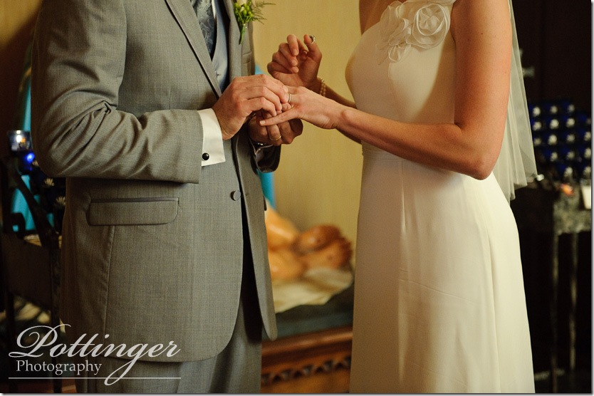 PottingerPhotoWeddingSt.RoseChurchColdstreamCountryClubWeddingPhotoCincinnatiphotographerblog24