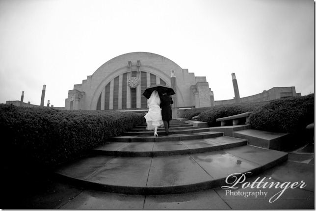PottingerPhotographyCincinnatiWeddingPhotographerBlogTheMadisonUnionTerminal (28 of 33)