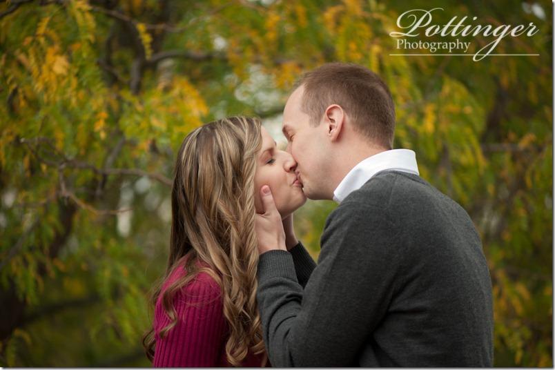 PottingerPhotographyAlmsParkEngagementSessionCincinnatiOhiophotographyblog-10