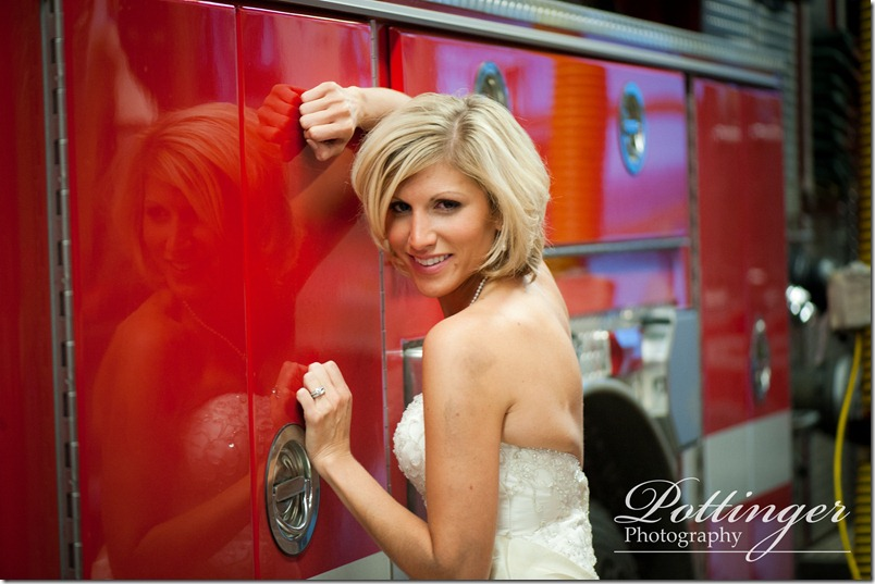 PottingerPhotographyCincinnatiWeddingPhotographerBlogTrashtheDressFashionForward-12