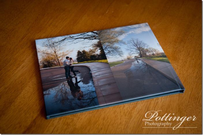PottingerPhotoAlmsParkengagementbookrainbow-6