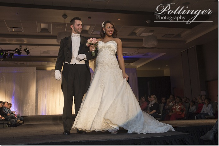 PottingerPhotoCincinnatiWeddingShowcasebridalshow-5781