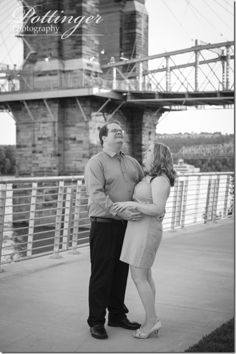 PottingerPhotoSmaleParkCincinnatiEngagement-8540