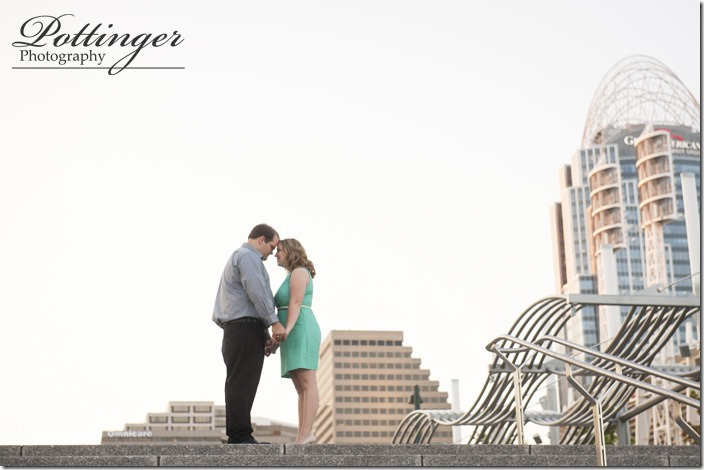 PottingerPhotoSmaleParkCincinnatiEngagement-8552