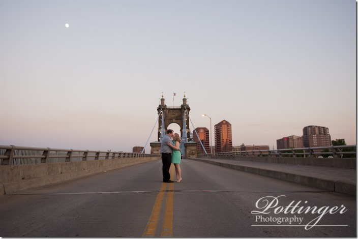 PottingerPhotoSmaleParkCincinnatiEngagement-8562