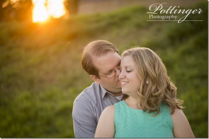PottingerPhotoSmaleParkCincinnatiEngagement-9476