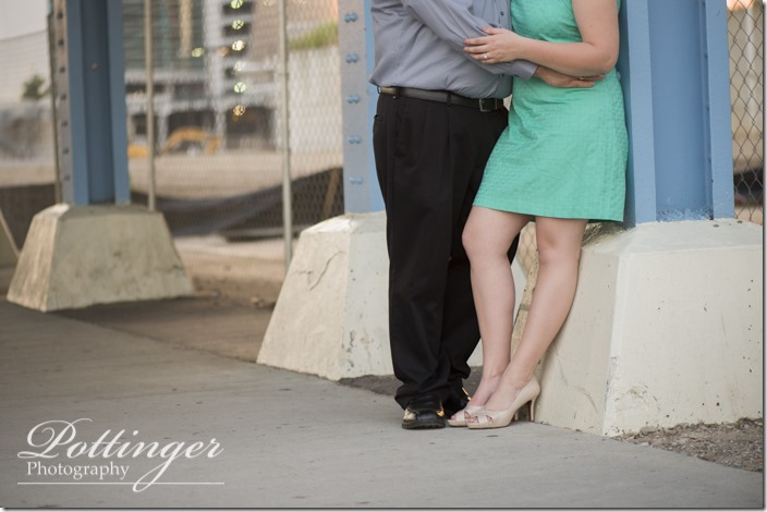 PottingerPhotoSmaleParkCincinnatiEngagement-9567