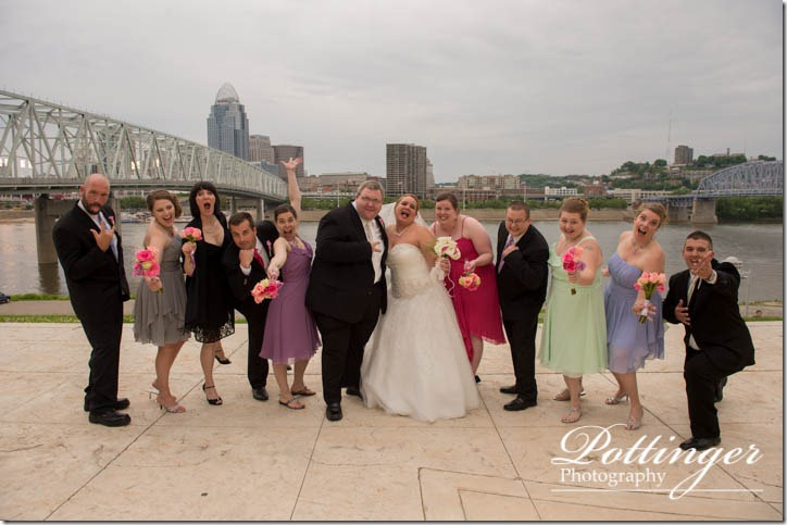 PottingerPhotographyNewportAquariumwedding-13
