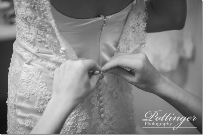 PottingerPhotoLakeLyndsayBeachHousewedding-5