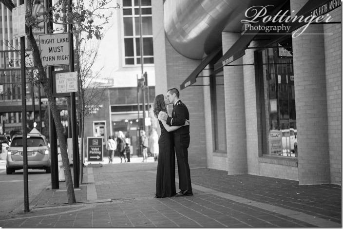 PottingerPhotographyAultParkHyattCincinnatiengagement-19