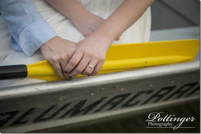 PottingerPhotoWintonWoodsrowboatengagement14