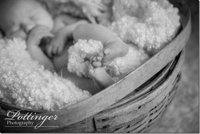PottingerPhotoCincinnatinewbornphotographerblog-9074