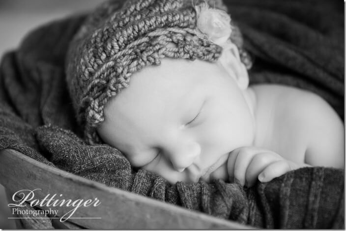 PottingerPhotoCincinnatinewbornphotographerblog-9202