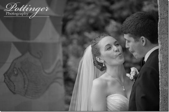 PottingerPhotoCincinnatiSt.XavierChurchLongworthHallwedding-31