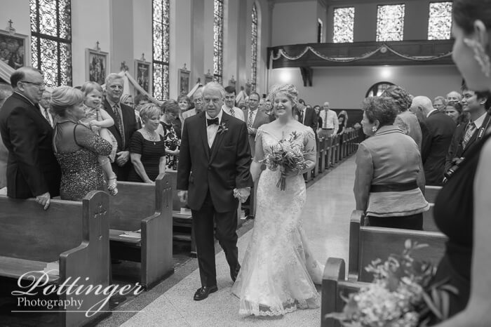 CincinnatiWeddingPhotographersPottingerPhotoTheCarnegieCenterSt.StephenChurch-4687