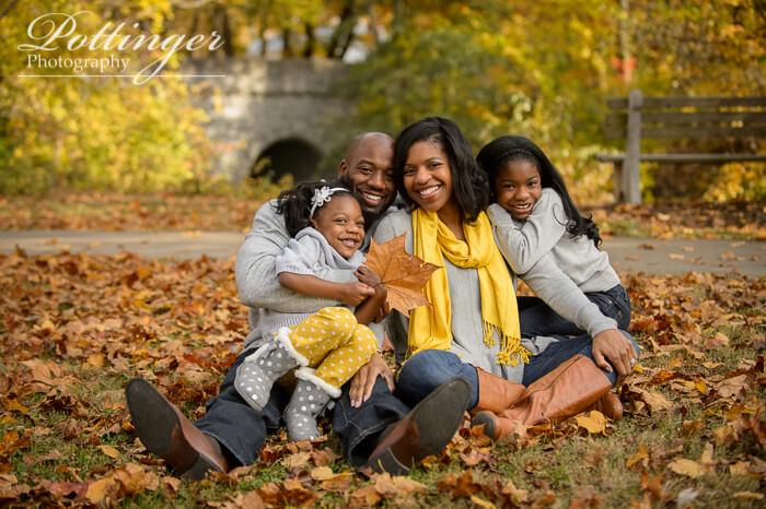 PottingerPhotoSharonWoodsfallfamilyportrait-00