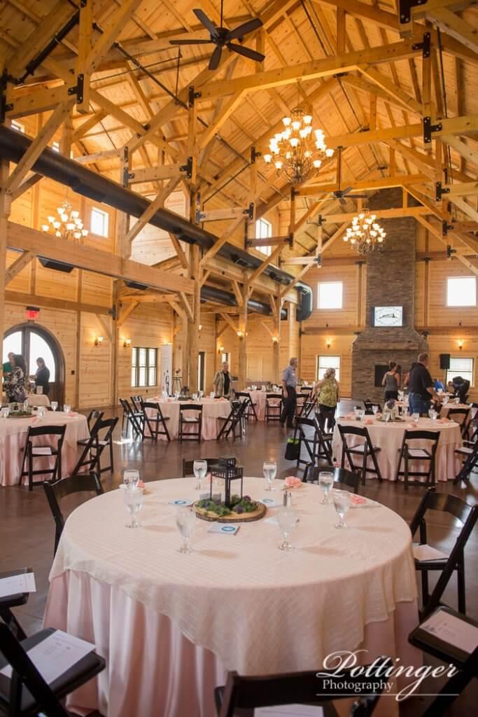 Rolling Meadows Ranch A Lebanon Ohio Wedding Barn